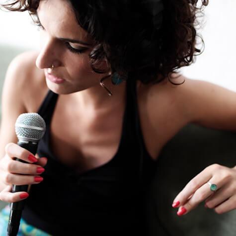 Olive Christou<br>Gesang